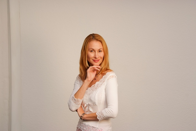 Лила Нур